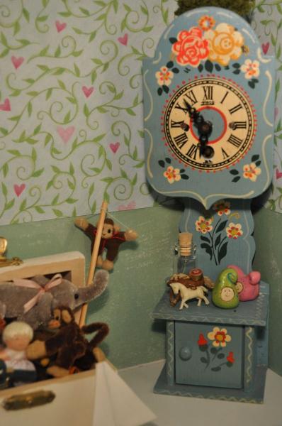Часы в детскую комнату — самые оригинальные и красивые варианты на фото