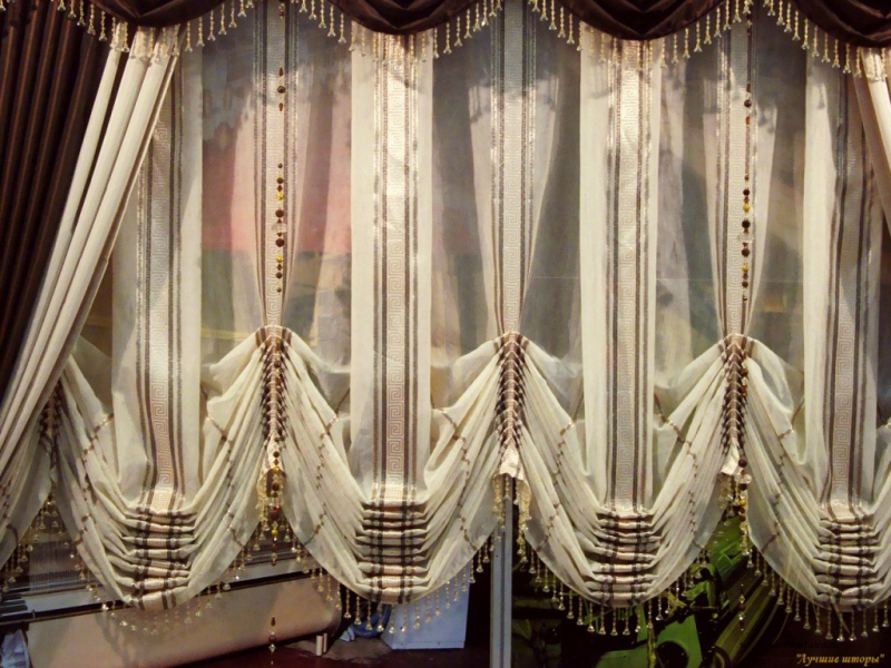 Как красиво повесить шторы: практические советы в фото