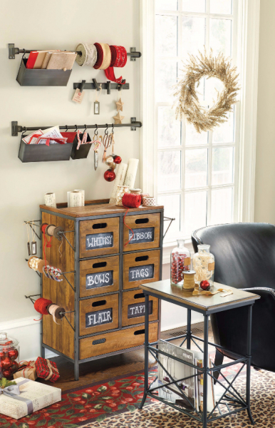 Как украсить кабинет к Новому году 2018: создаем стильное праздничное рабочее место