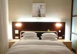 Обои в спальню – лучший и всё прощающий отделочный материал