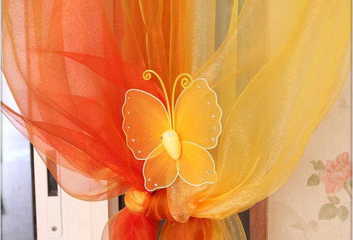 Оранжевые шторы: советы по выбору и применению в фото