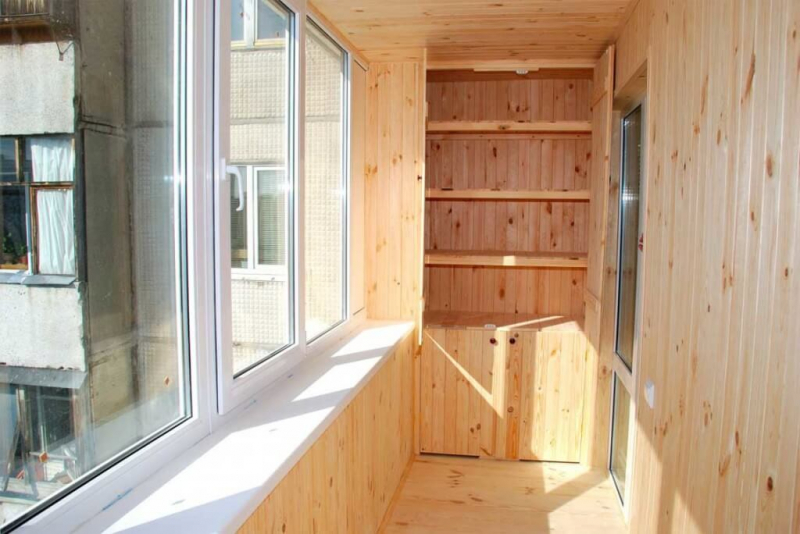 Поэтапные инструкции обшивки балкона своими руками в фото