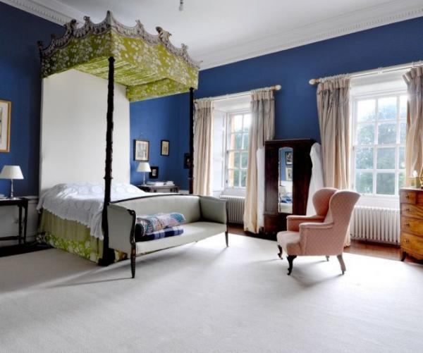 Синие обои в интерьере: 85 фотоидей для аристократического окружения