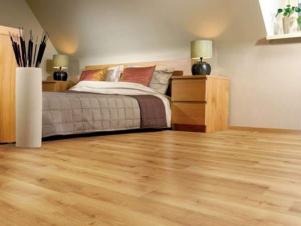 Выбираем ламинат для спальни – на что обратить внимание