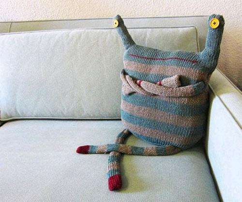 Забавные подушки в фото